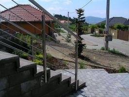 SLOUPEK zábradlí HRANATÝ BOČNÍ na schodiště nerezový