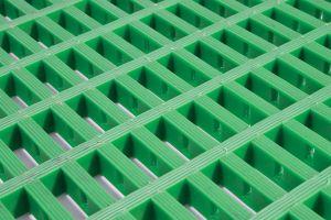 Zelená univerzální průmyslová protiskluzová olejivzdorná rohož (mřížka 22 x 10 mm) - délka 10 m, šířka 90 cm a výška 1,2 cm FLOMAT