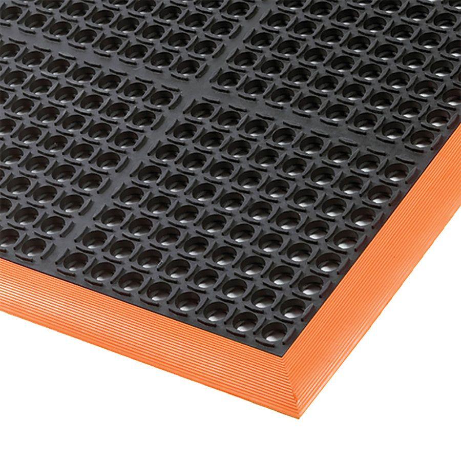 Černo-oranžová extra odolná průmyslová olejivzdorná rohož (100% nitrilová pryž) Safety Stance - délka 163 cm, šířka 97 cm a výška 2,2 cm FLOMAT