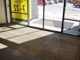 Textilní hliníková vnitřní vstupní rohož Hardmat, FLOMAT - délka 60 cm, šířka 260 cm a výška 1,8 cm