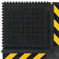 Černo-žlutá podlahová protiúnavová protiskluzová dlaždice (roh) - délka 55 cm, šířka 55 cm a výška 2 cm