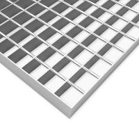 Ocelový pozinkovaný svařovaný podlahový rošt - délka 25 cm, šířka 100 cm a výška 3 cm