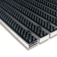 Šedá hliníková kartáčová venkovní vstupní rohož Alu Super, FLOMAT - délka 80 cm, šířka 120 cm a výška 1,7 cm
