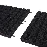 Černá gumová dlaždice (V40/R15) - délka 100 cm, šířka 100 cm a výška 4 cm