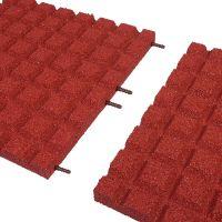 Červená gumová dlaždice (V40/R15) - délka 100 cm, šířka 100 cm a výška 4 cm