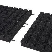 Černá gumová dlaždice (V55/R15) - délka 50 cm, šířka 50 cm a výška 5,5 cm