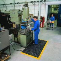 Černá gumová modulární průmyslová rohož Cushion Easy, Nitrile FR - délka 91 cm, šířka 91 cm a výška 1,9 cm FLOMAT