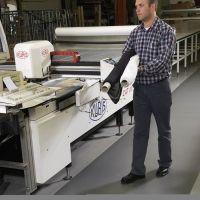 Černo-žlutá protiúnavová průmyslová rohož Sof-Tred - délka 18,3 m, šířka 60 cm a výška 0,94 cm FLOMAT