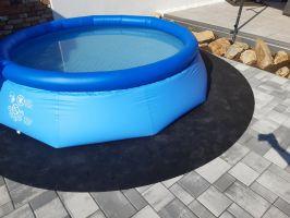Gumová ochranná tlumící podložka pod bazén K383, FLOMA - průměr 383 cm a výška 0,8 cm