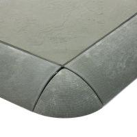 Šedý plastový rohový nájezd pro terasové dlaždice Linea Easy - délka 5,4 cm, šířka 5,4 cm a výška 2,5 cm - 4 ks