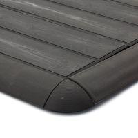 """Hnědý plastový nájezd """"samice"""" pro terasové dlaždice Linea Woodenlike - délka 58 cm, šířka 4,5 cm a výška 2,5 cm"""
