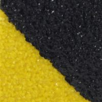 Černo-žlutá korundová protiskluzová podlahová páska Super - délka 18,3 m, šířka 2,5 cm a tloušťka 1 mm