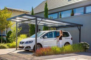 Přístřešek na auto Carport Premium - 3,094 x 5,62 m - antracit / čirá, bílé pruhy