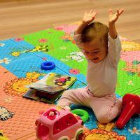 Dětská skládací pěnová hrací podložka Pexeso, Casmatino - délka 200 cm, šířka 140 cm a výška 1 cm FLOMAT