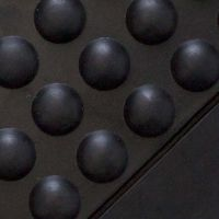 """Černá gumová protiúnavová průmyslová modulární rohož """"středový díl"""" - délka 90 cm, šířka 60 cm a výška 1,4 cm FLOMAT"""