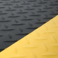Černo-žlutá gumová protiúnavová průmyslová laminovaná rohož - 1830 x 90 x 1,4 cm