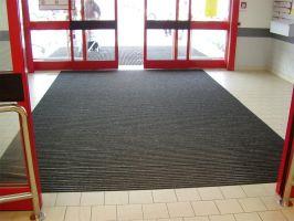 Textilní gumová hliníková vnitřní vstupní rohož Alu Standard, FLOMAT - délka 100 cm, šířka 100 cm a výška 2,7 cm